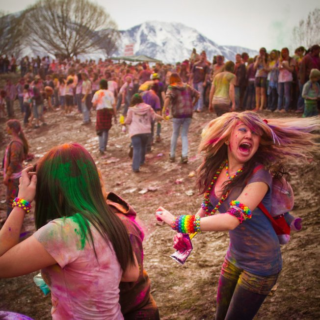 holi_fest_2011_11_by_obviologist-d3cndhv